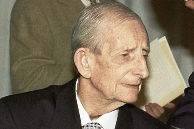 Юлий Харитон, 1996 г.