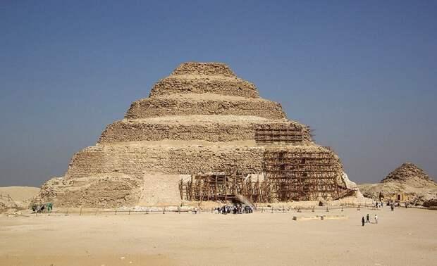 Загадочная пирамида Джосера
