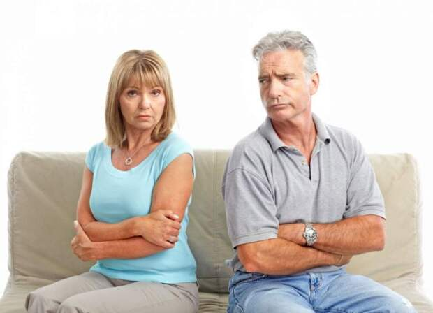 Объясните, как люди разводятся спустя 30 лет?