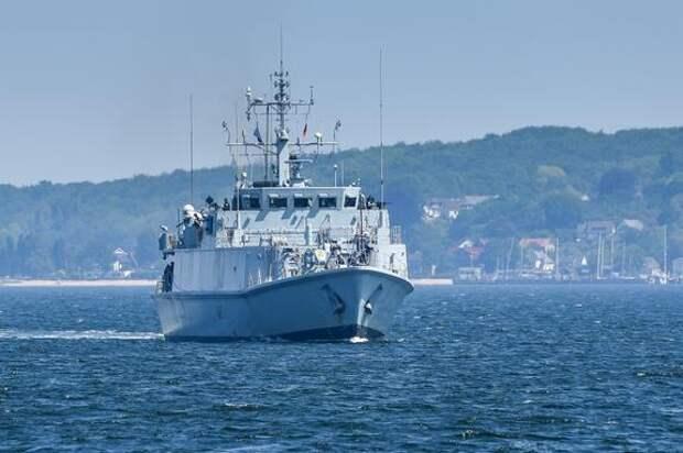 Sohu: Великобритания «опозорилась» перед Россией, решив отправить свои корабли в Черное море