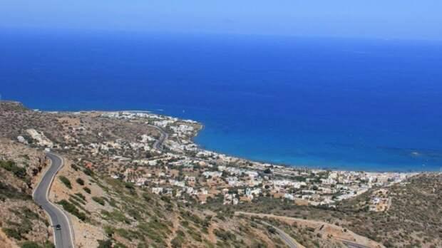 Министр туризма Греции заявил о продлении карантина для туристов из России