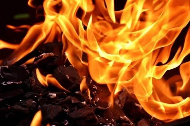 Во Франции произошел пожар в церкви святых Петра и Павла в Лилле