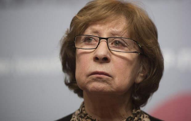 Ахеджакова заступилась за Серебрякова и назвала «сволочью» депутата Госдумы