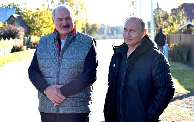 Тонкий расчет: в Германии объяснили, почему Путин не станет вмешиваться в ситуацию в Беларуси