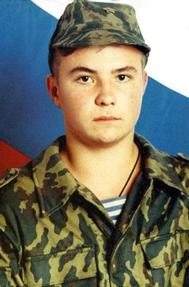 23 мая 1977 года родился Евгений Александрович Родионов - рядовой Пограничных войск РФ.