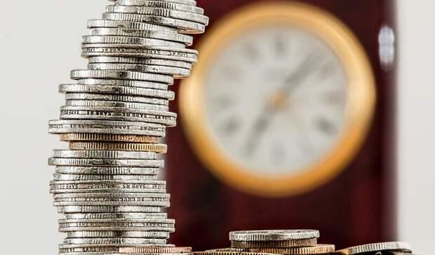 Рубль укрепился к евро и просел к доллару