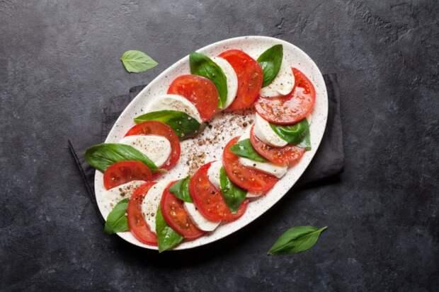 Итальянский салат Капрезе