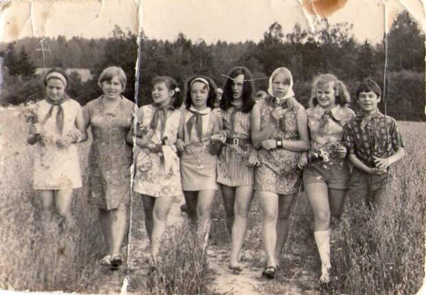 Большая подборка фотографий изсоветских семейных архивов
