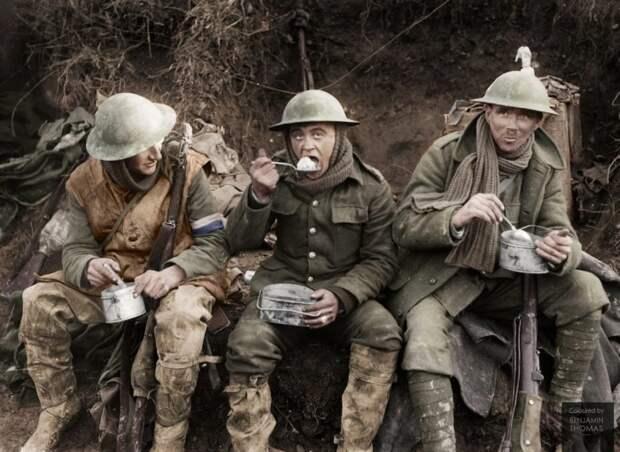 Зачем англичанам в Первую мировую войну понадобились «плоские» каски