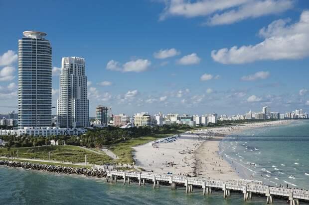 Наплыв отдыхающих на курортный Майами-Бич привёл к введению режима ЧП