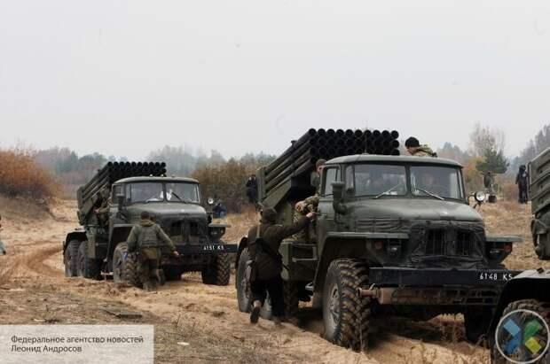 Киев разместил войска в жилых районах Донбасса