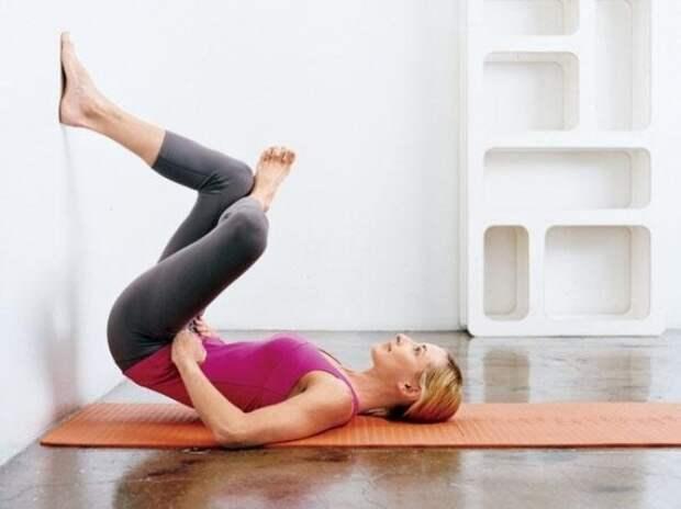 5 простых и эффективных упражнений, в которых надо просто замереть