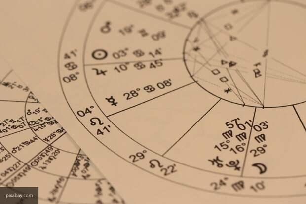 Астролог Орлова рассказала, какие знаки Зодиака ждет успех в августе