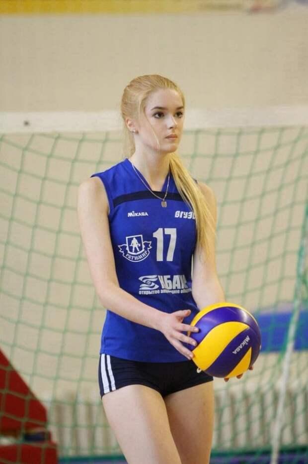 Эту девушку из России признали самой красивой в мире