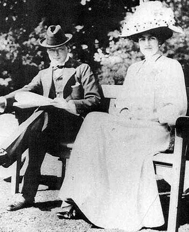 Уинстон Черчилль и его жена Клементина Хозьер: история любви и брака премьер-министра Великобритании