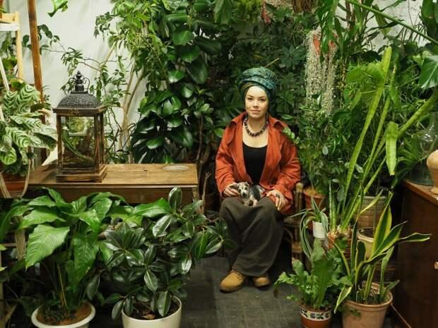 Флорист из Коптева создала приют для брошенных растений