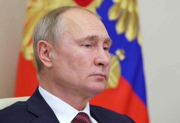 Почему Путин молчит, а армия России топит полевые кухни?