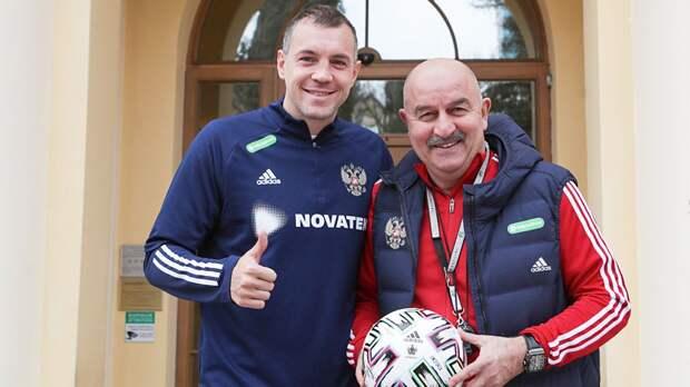 Черчесов заявил, что у сборной России дзюбозависимость