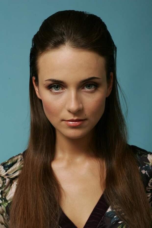Самые красивые современные актрисы: Анна Снаткина
