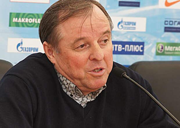 Тарханов: У нас в атаке только навесы на Дзюбу и подбор - больше никакой тактики нет… Игра не приходит, ее ставят тренеры