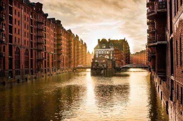 Красивейший немецкий город, возведенный на трех реках. /Фото: camprest.com