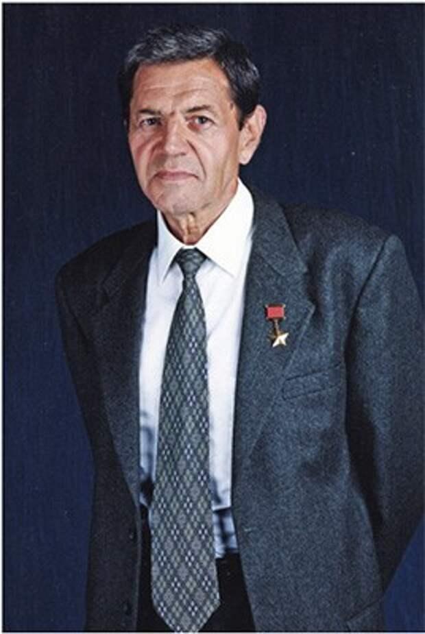 Капитан I ранга КОЗЛОВ Эвальд Григорьевич