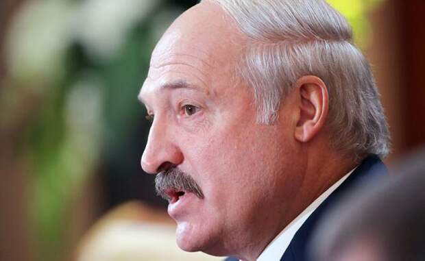 Запад пришвартовывает Белоруссию