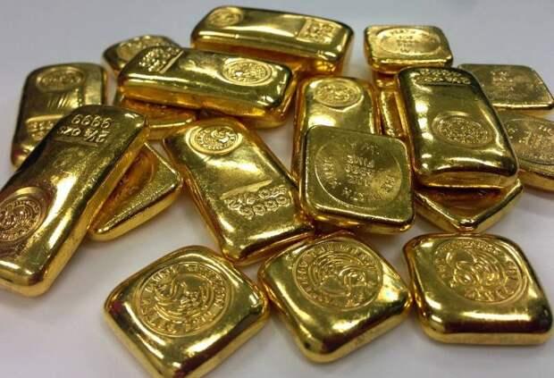 Золото вывозится из России в рекордных объемах