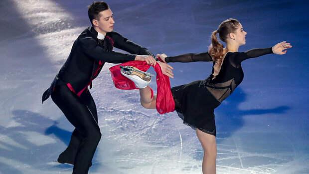 Мишина и Галлямов выиграли короткую программу на командном ЧМ