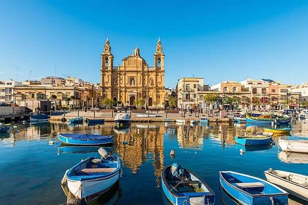 Зачем богатые россияне покупают гражданство Мальты