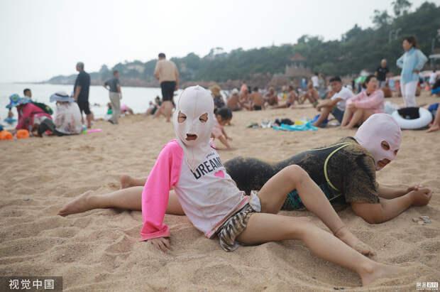 Загорелая кожа скрывает тысячи пятен