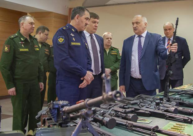 Представители Минобороны России оценили отечественное стрелковое оружие
