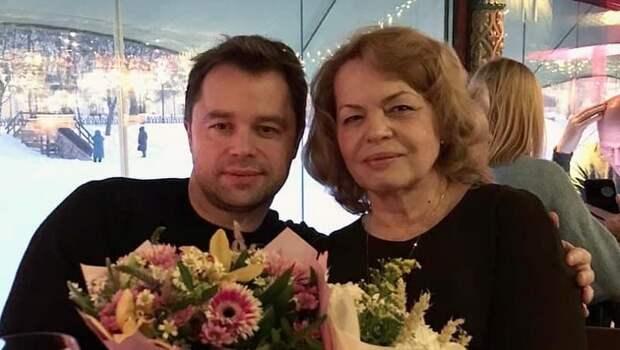 Мать Гогунского впервые высказалась о конфликте сына с бывшей женой