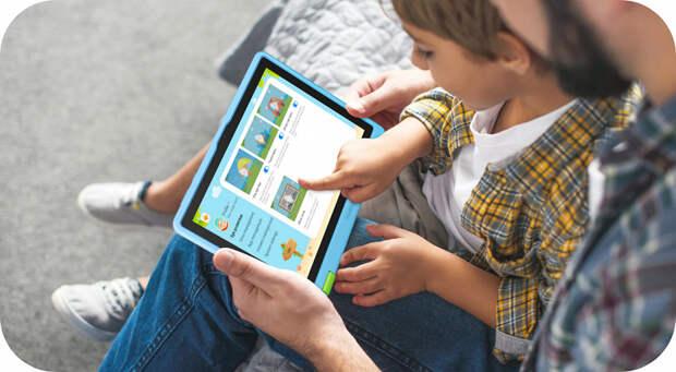 Huawei представила планшет для детей — его можно жевать и бросать