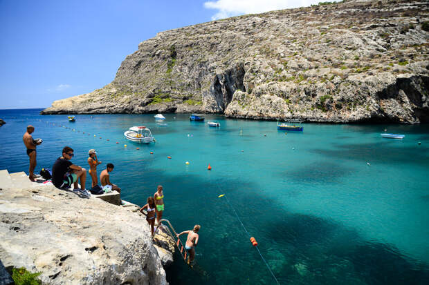 Пляжи и лучшие отели для пляжного отдыха на Мальте