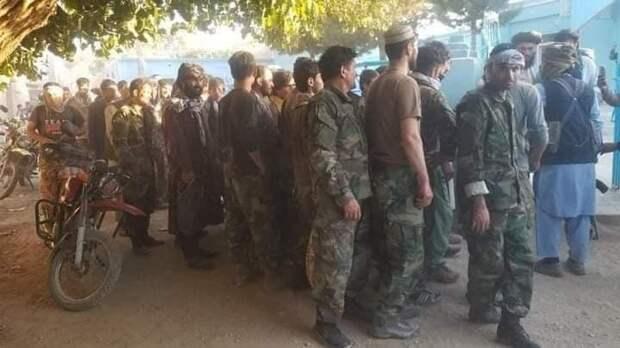 Массовая сдача в плен Талибану