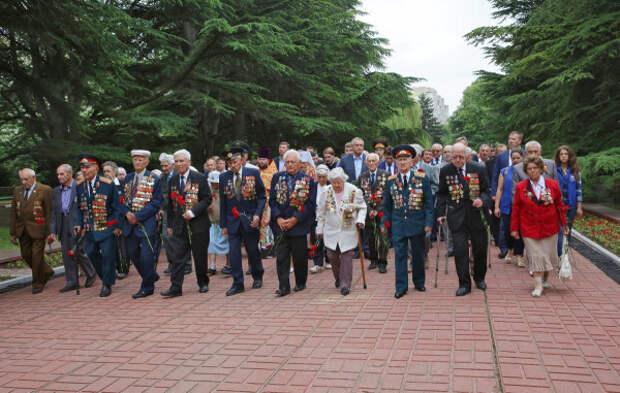 В Крыму ветеранов войны поздравят удаленно
