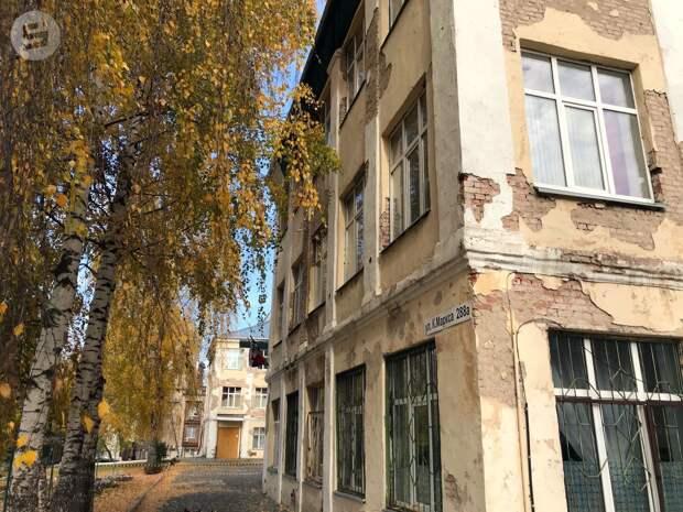 Ремонт кровли в школе №27 Ижевска планируют завершить к 30 октября