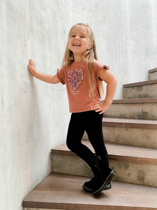 Лосины и леггинсы для девочки: выбираем и сочетаем так, чтобы было круто