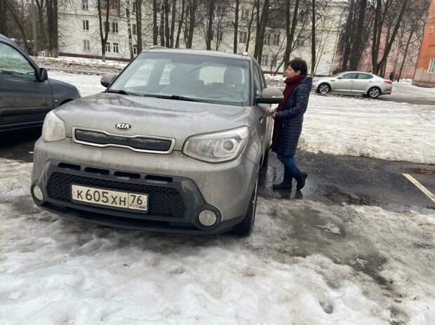 Выбор автомобиля - очень сложное занятие, особенно для дам.