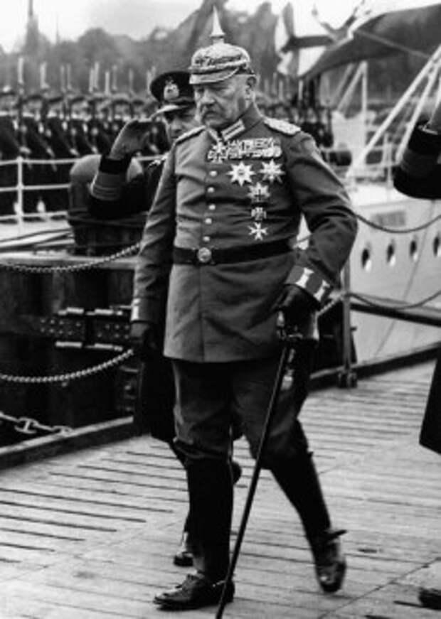 Фото: Пауль фон Гинденбург — краткая биография
