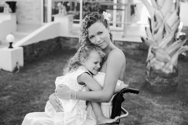 Мисс Мира на коляске: Как российская красавица смогла начать новую жизнь после страшной автокатастрофы