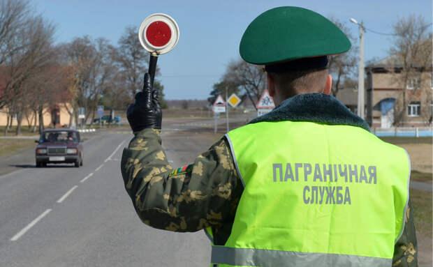 Власти Белоруссии собираются ввести сбор за выезд из страны