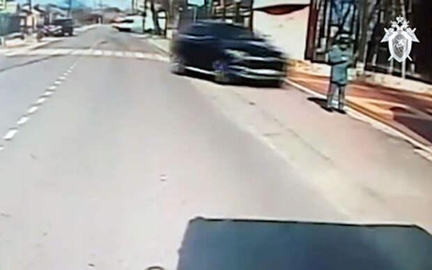 Водителя, сбившего курсанта МЧС, обвинили в попытке убийства
