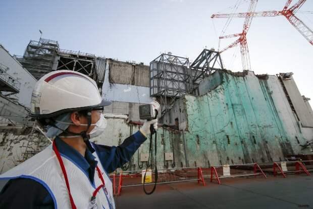 Япония планирует сбросить в океан радиоактивную воду с АЭС «Фукусима»