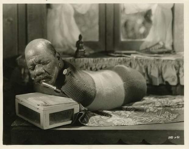 Винтажные фотографии из классического фильма Тода Браунинга 1932 года «Уродцы»