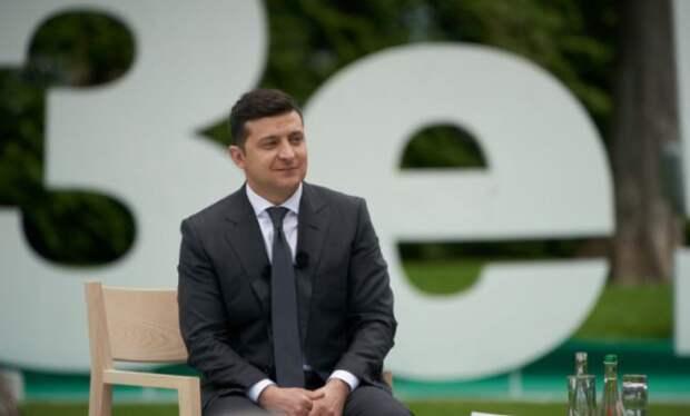 Журналисты выяснили, какие вопросы может задать украинцам Зеленский