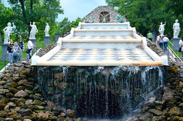 10 самых красивых фонтанов Санкт-Петербурга (ФОТО)