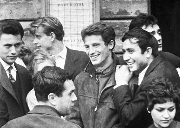 Жан-Поль Бельмондо в начале своей карьеры, 1955 год