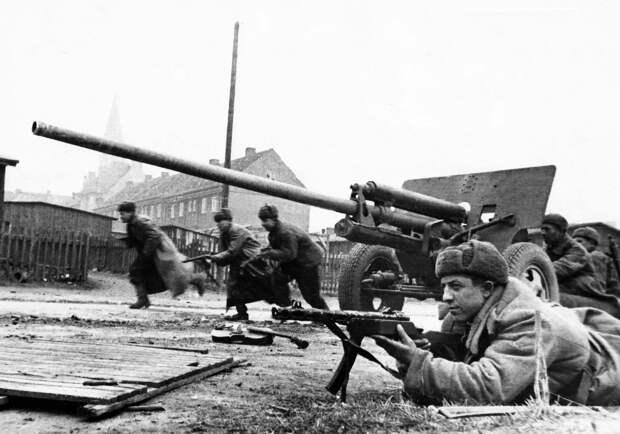 Главная крепость Рейха сдалась на 4 день. Как Василевский повторил подвиг Суворова в 1945